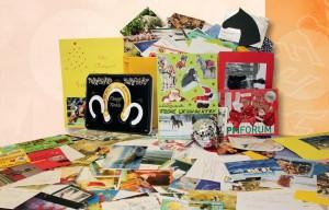 Viele der über 5.500 Teilnehmer am Weihnachtsrätsel sendeten ihre Antwort auf fantasievoll gestalteten Postkarten.