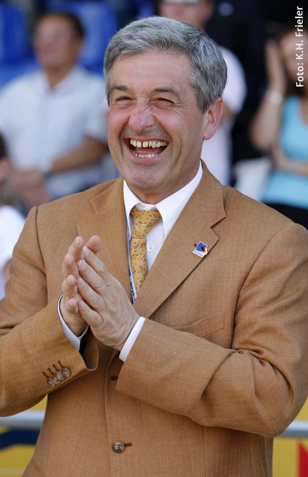 Der Mannheimer Turnierveranstalter Peter Hofmann ist Gastgeber des 100. Nationenpreises.