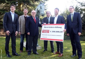 Die Horst-Gebers-Stiftung fördert künftig bundesweit den Nachwuchsspringsport.