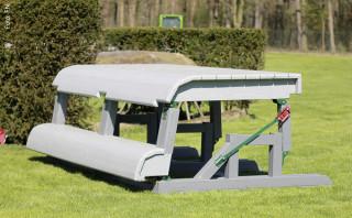 Optisch ein Kompaktsprung, aber flexibel bei massivem Druck: der MIM-Tisch