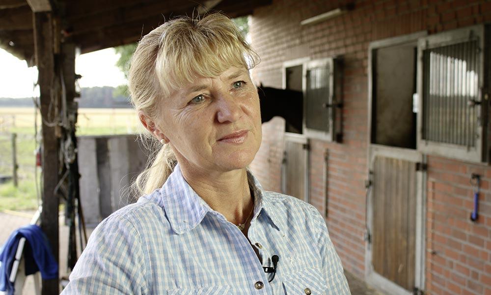 Die Pferde gaben Sabine Hoff mann Kraft, gegen ihre Krebserkrankung anzukämpfen. Foto: FN
